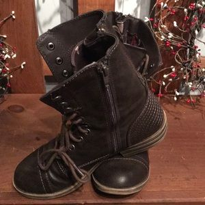 American Rag boots! Lace up, back and side zips